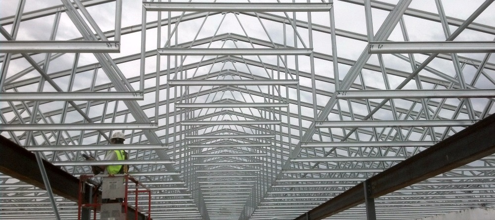 cold formed steel cfs roof trusses are one of the most commonly used roof systems in current construction due to their light weight - Metal Roof Trusses